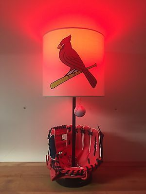 Custom-St-Louis-Cardinals-Glove-Baseball-Table-Lamp-MLB