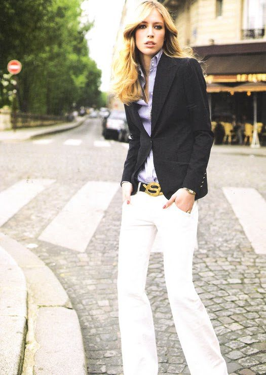 The look: White bootcut jeans- Blue blazer + YSL belt = chic.