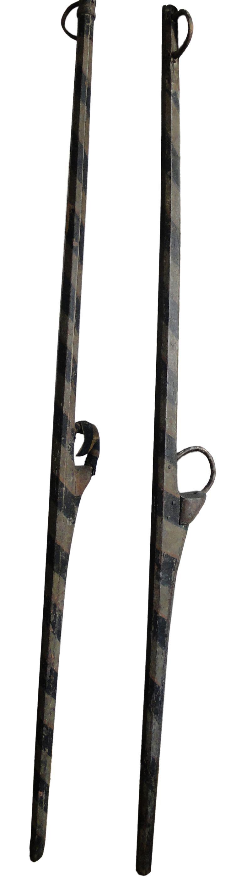 300 years old stilts. Stilts History ! Property of the Archelogical Society of Namur (Belgium). They were used to joust on stilts. Paire d'échasses vieilles de 300 ans. Propriété de la Société Archéologique de Namur (Belgique). Echasses de joute typique de la pratique namuroise des échasses.