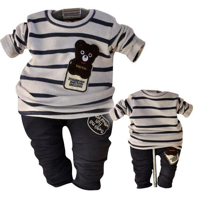 Ampio assortimento di abbigliamento per neonati e bambini firmato Monnalisa: capi versatili, eleganti o sportivi, realizzati con cura e con tessuti di alta qualità. La collezione di abbigliamento per neonati è studiata per accompagnare i primi .