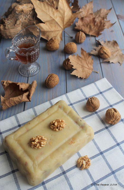 Cocina compartida: Turrón de nata con nueces... vuelve a casa por Nav...