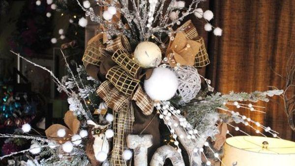 Οι πιο πρωτότυπες κορυφές για το Χριστουγεννιάτικο Δέντρο!