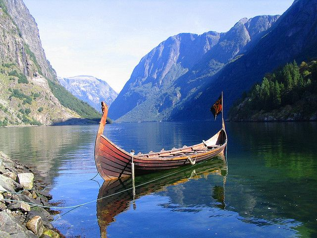 by Manel Cantarero on Flickr.  Viking type boat in Nærøyfjord, Norway.