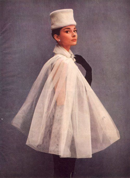 Audrey Hepburn white cape 50s 60s hat coat