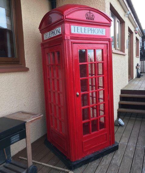 Daves red english telephone box
