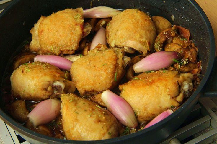 V kuchyni vždy otevřeno ...: Kuře s cizrnou a žampiony