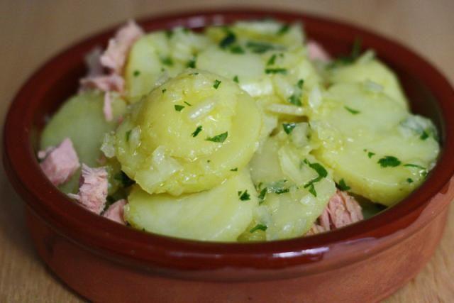 10 Healthy Spanish Salads to Beat the Heat: Spanish Potato Salad