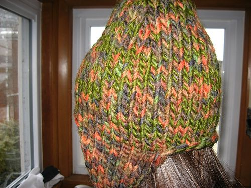 Ravelry: Everyone's Favorite Snowboarder's Hat pattern by Tracey Earhart