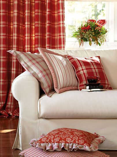 Best 25 Plaid Living Room Ideas On Pinterest Country Lounge Cottage Style Living Room And