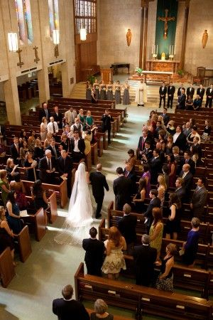 This is what I want my wedding to look like. Nothing crazy. Just all my best friends and family. Nothing too fancy, just in a church like this one. And if course a nice (not crazy) reception in a church hall or something. No basements. Lol. The receptive can't be in a church basement. Lol!!!!