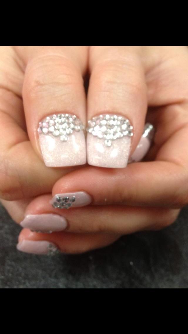 Thumb rhinestones so pretty