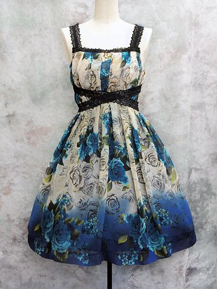 The dress that started my obsession. And I can never have it because it doesn't fucking exist on the internet ;__;