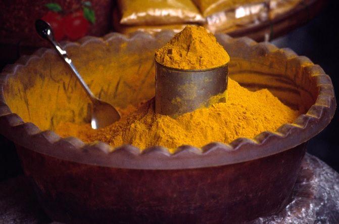Le curcuma, également appelé «l'épice de la vie», est impossible à mettre dans une seule case. Elle est tout simplement – trop géniale – pour ne servir qu&…