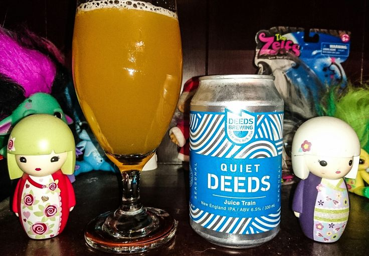 Juice Train New England IPA, 6.5%. Deeds Brewing Co, Glen Iris, Victoria Australia. With Amarillo, Citea, Simcoe & Galaxy hops, & pale, wheat & oat malts, it's a pleasant beer. Bit too harmless for me, as I like this style of beer with a bit more body.
