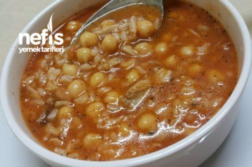 Nefis Nohutlu Pirinçli Tavuk Çorbası Tarifi