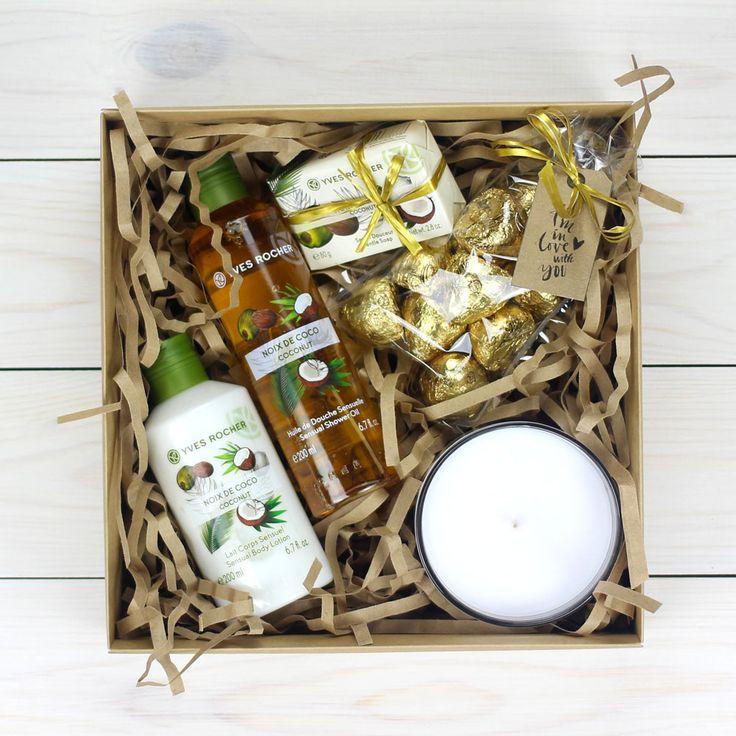 Подарок с гелем для душа от Yves Rochen и молочком для тела, подойдет для любой женщины ...