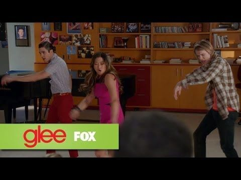 Jumpin' Jumpin' Cover by Glee. I have been waiting for another Destiny's child cover. Finally!