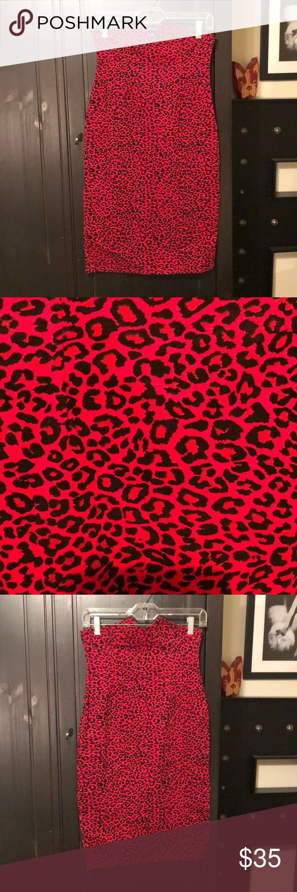 Collectif Red Leopard Pinup Pencil Skirt 🌹 Collectif Red Leopard Pinup High Waisted Pencil Skirt . Velvet Flocked. UK 🇬🇧 Size 10. 98% Cotton 2% Elastine. Like New! 🌹 Collectif Skirts Pencil