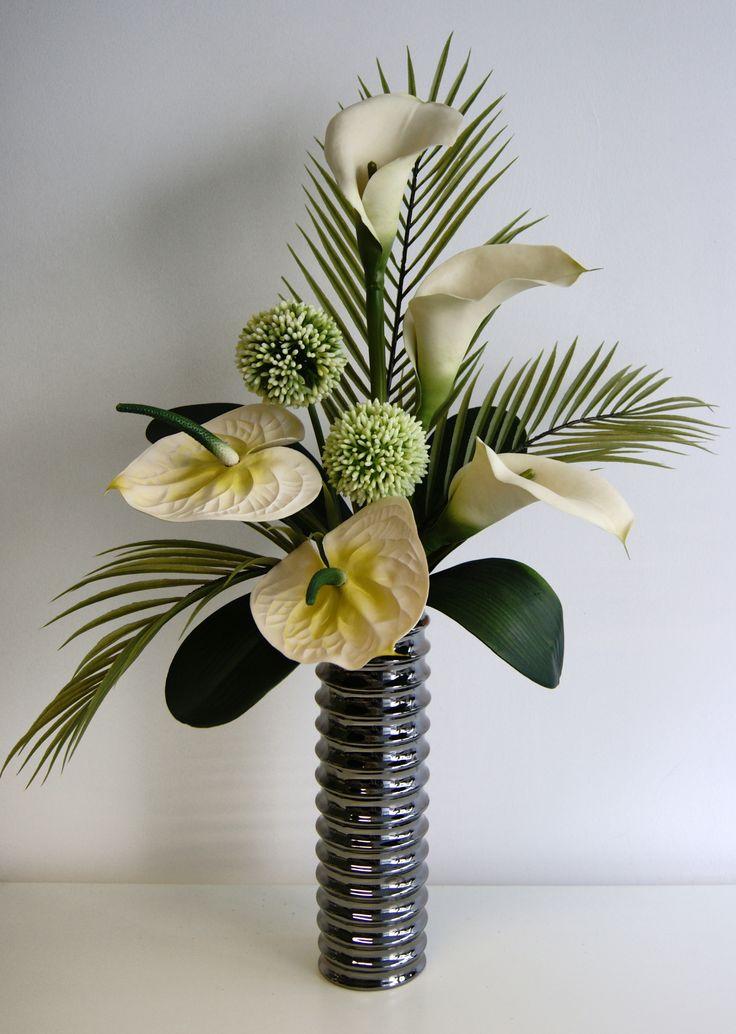 How To Arrange Flowers In A Vase Tutorials Floral Arrangements