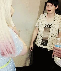 Dan's reaction to Baby Glitter/// thats gonna be his face when dan and phil have their wedding