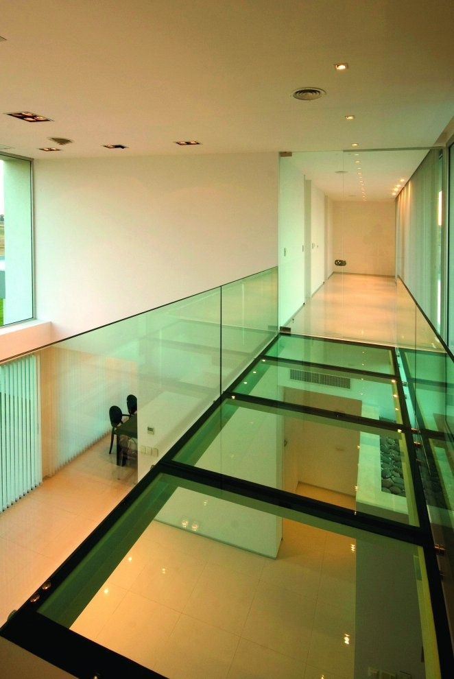 9 best glass walkways images on Pinterest | Glass floor, Arquitetura ...