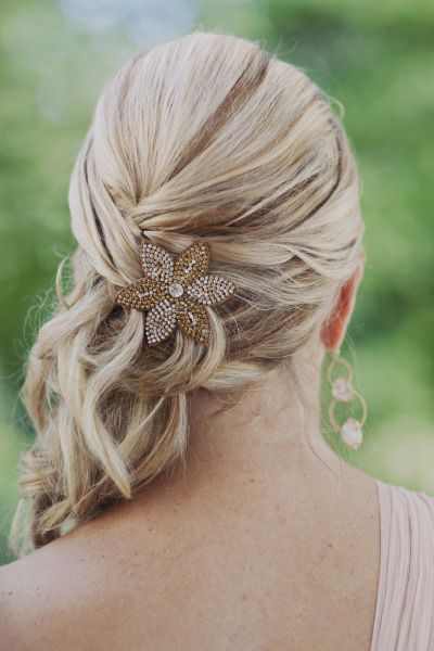 Bridesmaid hair: http://www.stylemepretty.com/2013/04/16/atlanta-wedding-from-our-labor-of-love/ | Photography: Our Labor of Love - http://ourlaboroflove.com/