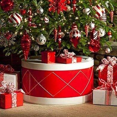 Christmas Tree Stands: 10 Stylish Designs That Can Stand Up to the Holidays