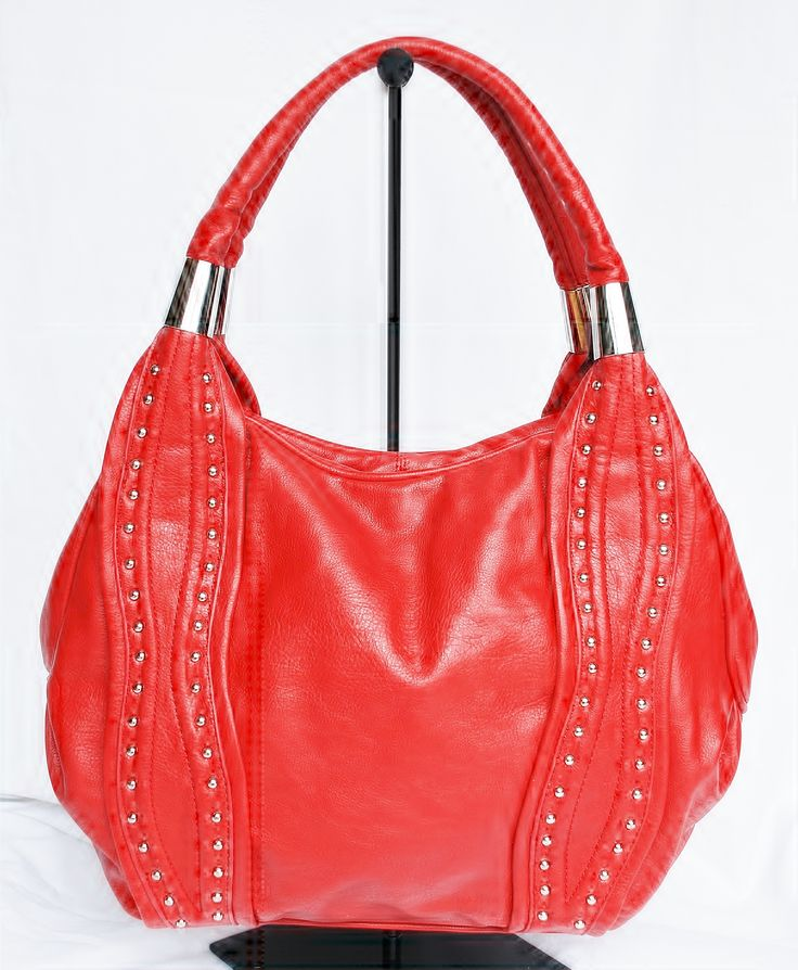 Stunning handbags with European Styling  from www.imgorgeous.co.nz.  Available to purchase from selected retailers across New Zealand and online at www.born2shop.co.nz