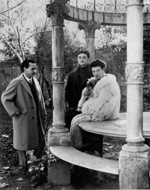Edmondo Bacci, Tancredi Parmeggiani and Peggy Guggenheim at Palazzo Venier dei Leoni, Venice
