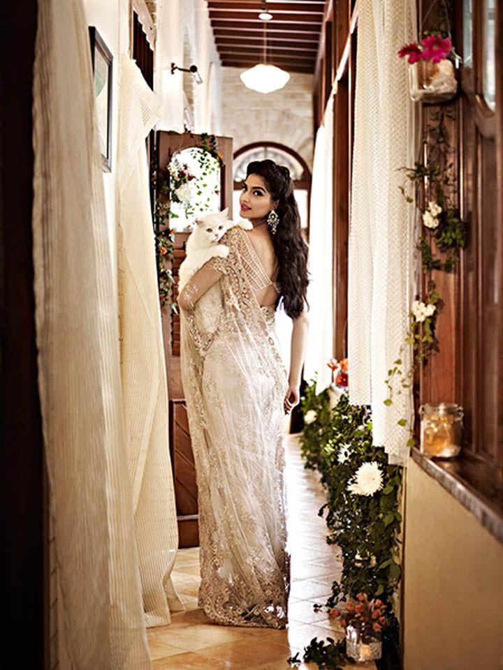 Scarlet Bindi - South Asian Fashion: Sonam Kapoor in Shehlaa Khan