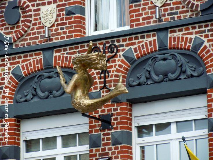 Fa ade bailleul architecture flamande en flandre for Architecture flamande
