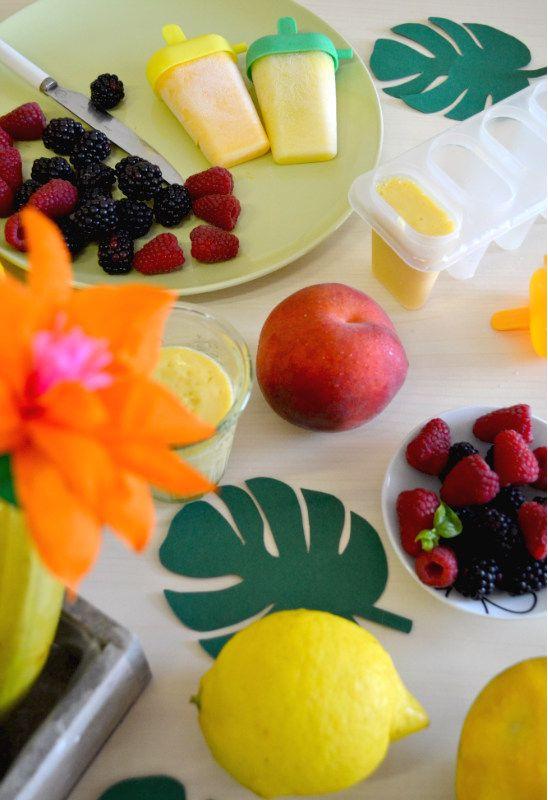 Quando un frullato con frutta fresca diventa un ghiacciolo fatto in casa, è impossibile resistere a tanta bontà! Ecco il link con tantissime ricette da provare http://www.lafigurina.com/2016/08/frullati-con-frutta-prima-ghiaccioli-freschi-dopo/