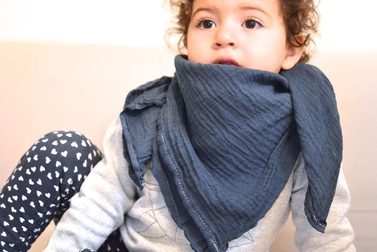 Babytuch Kindertuch Blaugrau via mien - Accessoires handmade in Berlin. Click on the image to see more!