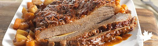Slow Cooker Spiced Beef Brisket from the December #MakeItBeefClub eNewsletter #LoveCDNBeef