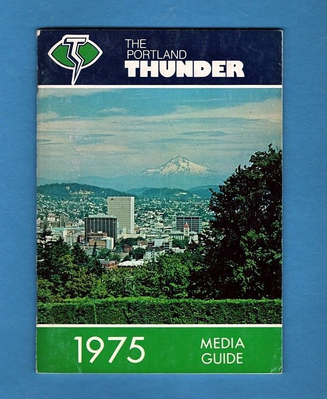 1975 WFL- PORTLAND THUNDER FOOTBALL PRESS GUIDE-NM | eBay