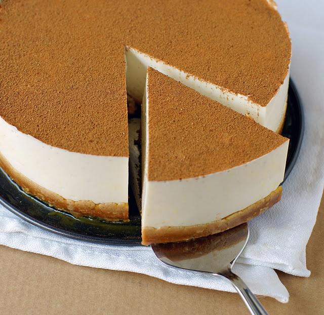 Leche merengada cake