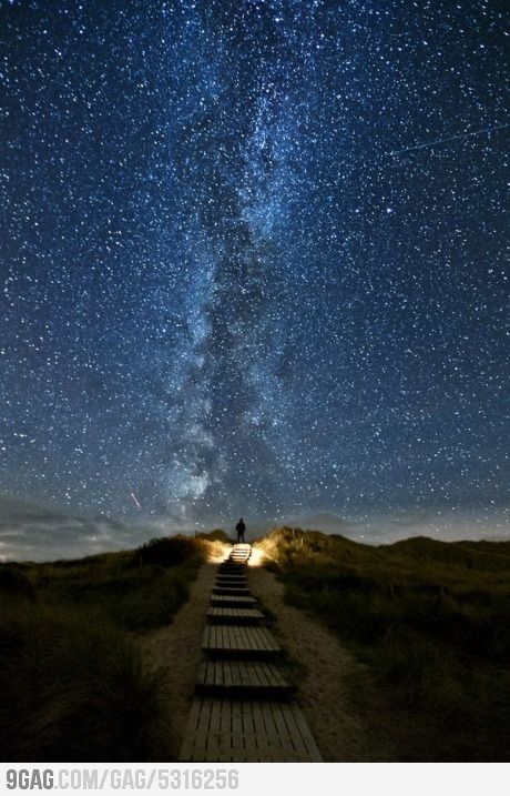 'Heavens Trail' in Ireland, the stars line up with the path