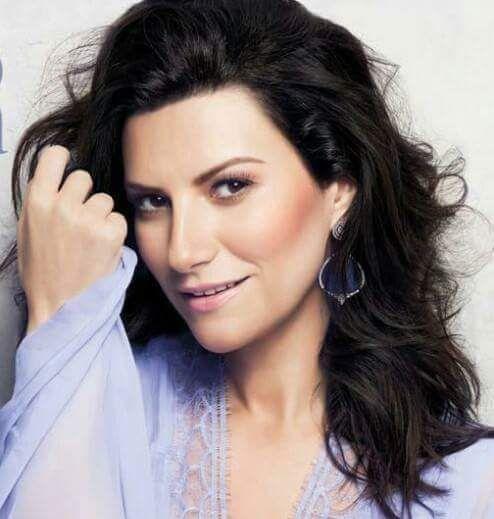 Laura Pausini.  Spanish pop singer from Italy.