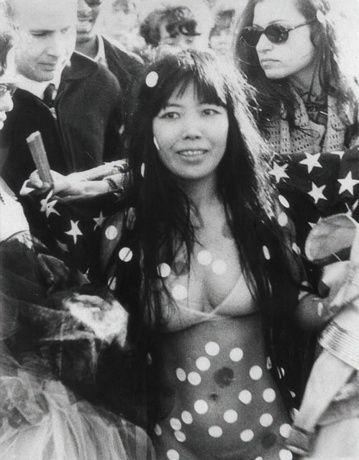 Yayoi Kusama , Kusama at Love-In-Festival in Central Park, New York, 1968