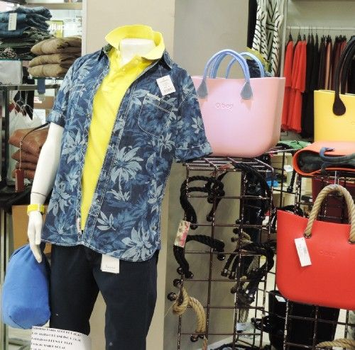 camicia  disegno fiori  composizione cotone denim  azienda alcott american brand tg disponibili s-m-l-xl-xxl colore blue collezione estate 2015 prezzo originale € 46.00 % di sconto -10 prezzo aquiloneshopping.it € 41.40