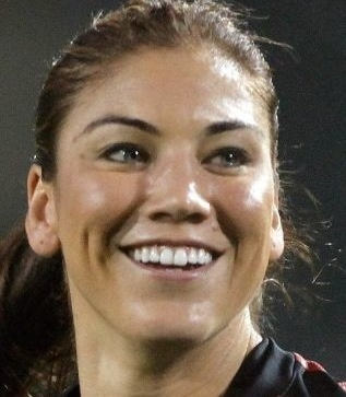 Hope Solo and Jerramy Stevens: Married!