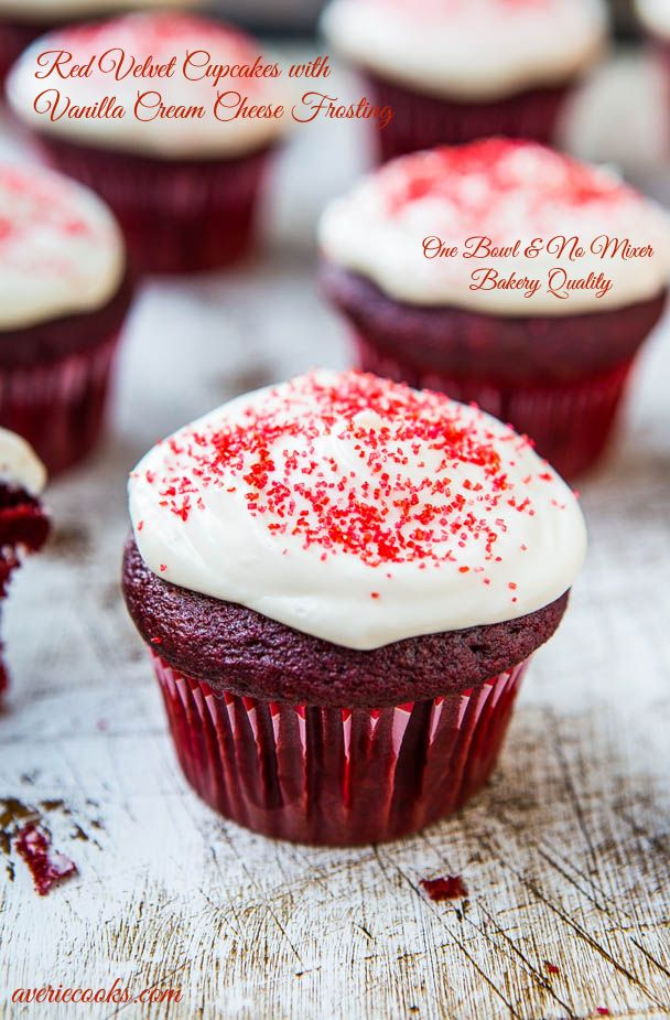 Red Velvet Cupcakes with Vanilla Cream Cheese Frosting {From Scratch} - Made in one bowl, no mixer and the cupcakes taste like they're from a bakery! Easiest recipe for the best red velvet ever at averiecooks.com