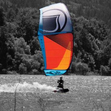 2014-es kitesurf ernyő+bár+deszka > 1099USD -free shipping