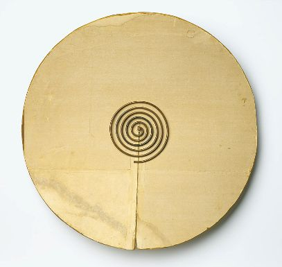 Constantin Brancusi 1876 - 1957 Portrait de James Joyce, ca 1928 Cardboard and metal, Diameter: 76,2 cm.