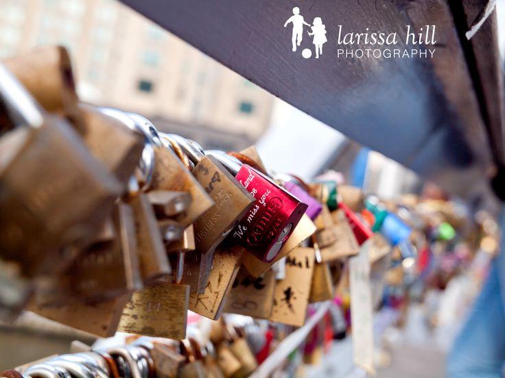 Locks, padlocks, Melbourne, bridge, red padlock, CBD