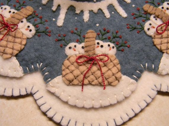 Snow Babies penny rug/candle mat with ornies pdf by pennylaneprims