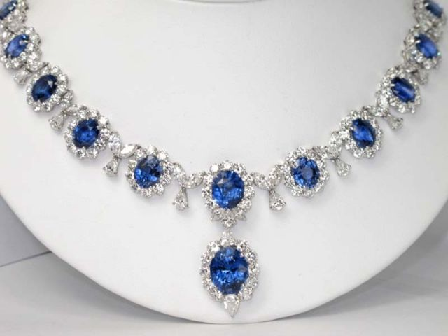expensive necklaces !! : Colored Stones • Diamond Jewelry Forum - Compare Diamond Prices, Discussions & Diamond Information - Page 2