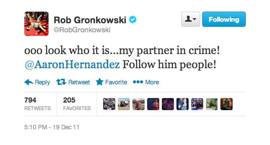 PICTURE: Rob Gronkowski's Unfortunate Aaron Hernandez Tweet of 2011 #humor #funny #lol #comedy #chiste #fun #chistes #meme