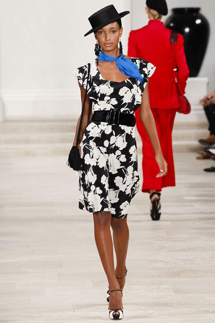 手机壳定制waist cincher corset on sale Ralph Lauren Spring   Ready to Wear Collection Photos  Vogue