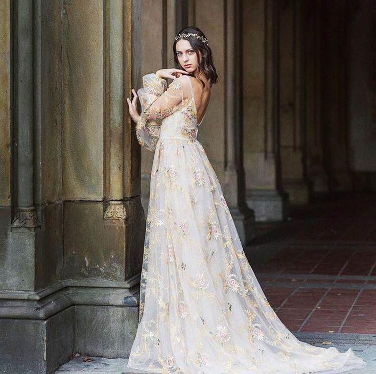 The 56 best Tara Lauren Insta images on Pinterest | Bridal gowns ...